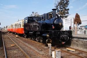 小湊鐵道の里山トロッコ列車